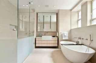 Top 25 farmhouse master bathroom decor ideas (18)