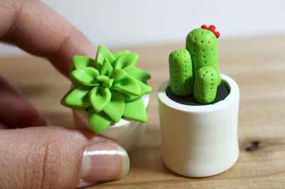 25 easy to try diy polymer clay cactus design ideas (21)