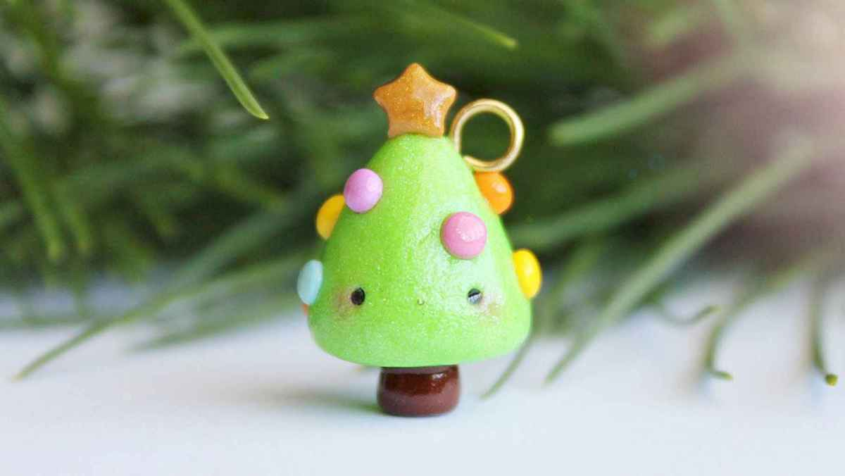 50 easy to try diy polymer clay christmas design ideas (36)