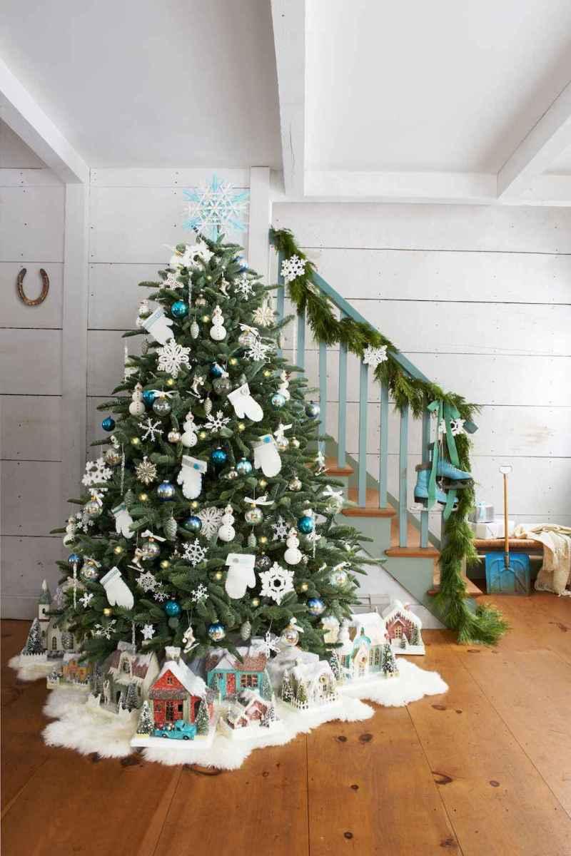 100 beautiful christmas tree decorations ideas (76)