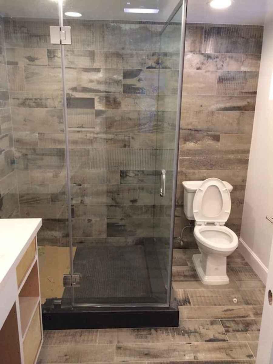 100 best farmhouse bathroom tile shower decor ideas and remodel to inspiring your bathroom (85)