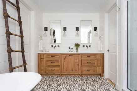 120 best modern farmhouse bathroom design ideas and remodel to inspire your bathroom (93)