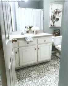 150 stunning farmhouse bathroom tile floor decor ideas and remodel to inspire your bathroom (81)