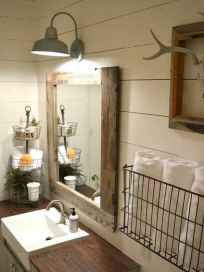 150 stunning small farmhouse bathroom decor ideas and remoddel to inspire your bathroom (13)