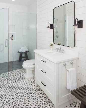150 stunning small farmhouse bathroom decor ideas and remoddel to inspire your bathroom (76)