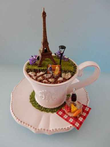50 easy diy summer gardening teacup fairy garden ideas (16)