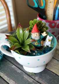 50 easy diy summer gardening teacup fairy garden ideas (35)
