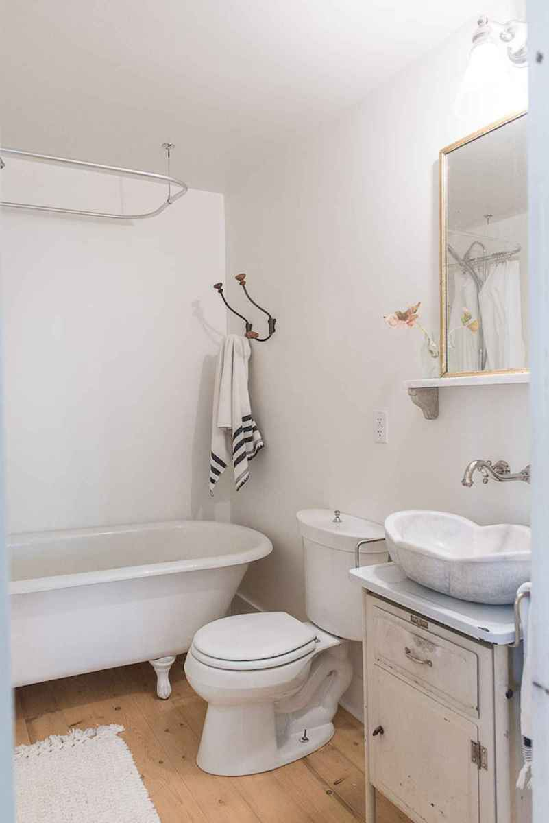 50 small guest bathroom ideas decorations and remodel (20)