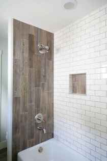 70 inspiring farmhouse bathroom shower decor ideas and remodel to inspire your bathroom (26)