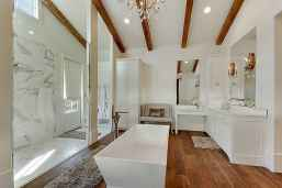 70 inspiring farmhouse bathroom shower decor ideas and remodel to inspire your bathroom (30)