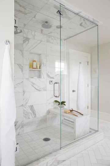 70 inspiring farmhouse bathroom shower decor ideas and remodel to inspire your bathroom (45)