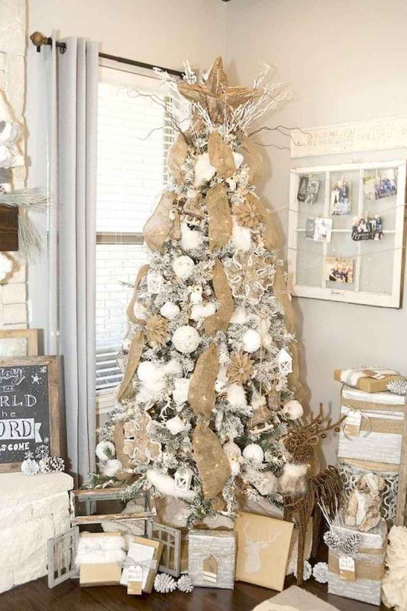 30 rustic and vintage christmas tree ideas decorations (12)