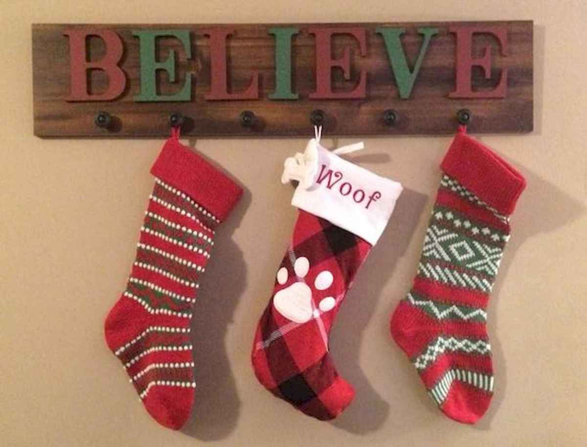 35 awesome apartment christmas decorations ideas (25)