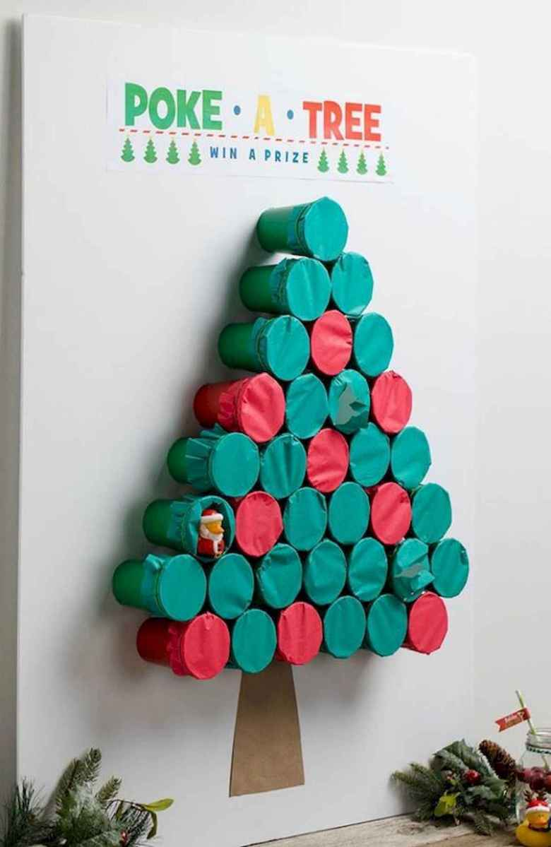 35 awesome apartment christmas decorations ideas (4)