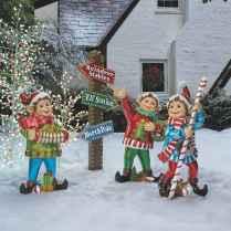 40 amazing outdoor christmas decorations ideas (31)