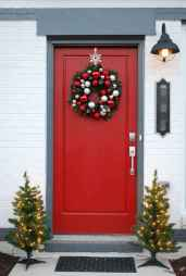 40 amazing outdoor christmas decorations ideas (39)