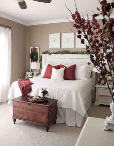 40 awesome bedroom christmas decorations ideas (20)