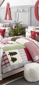 40 awesome bedroom christmas decorations ideas (7)