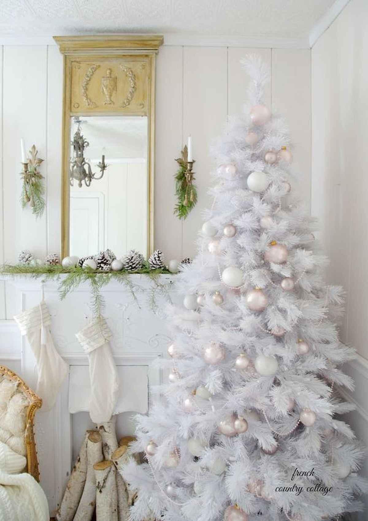 40 elegant christmas tree decorations ideas (10)
