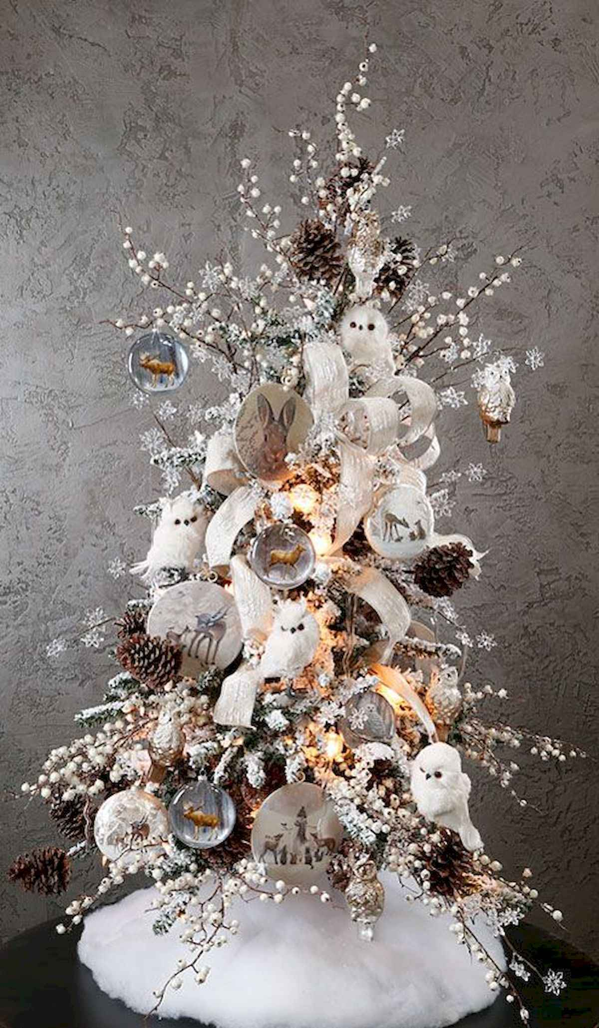 40 elegant christmas tree decorations ideas (16)
