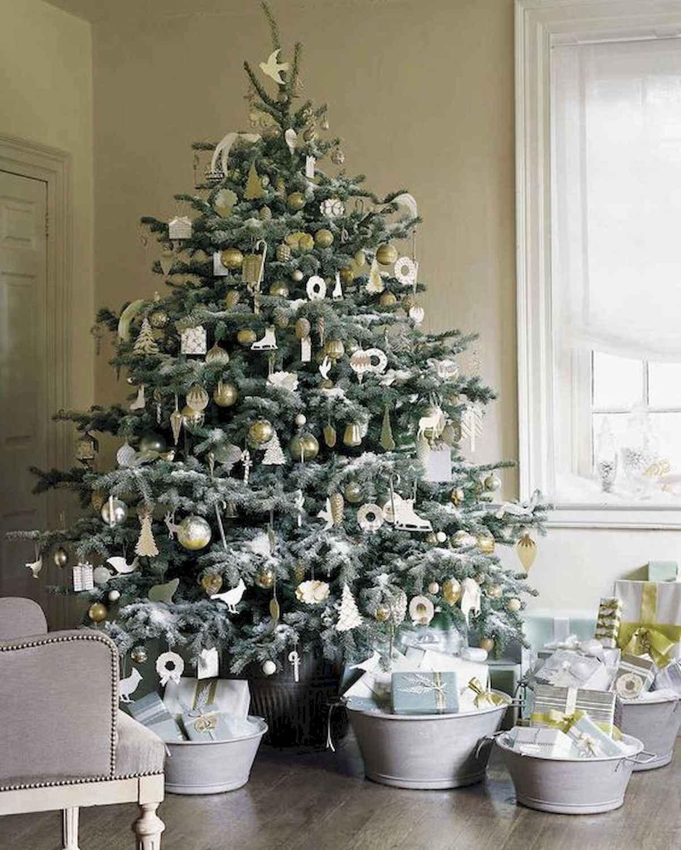 40 elegant christmas tree decorations ideas (17)