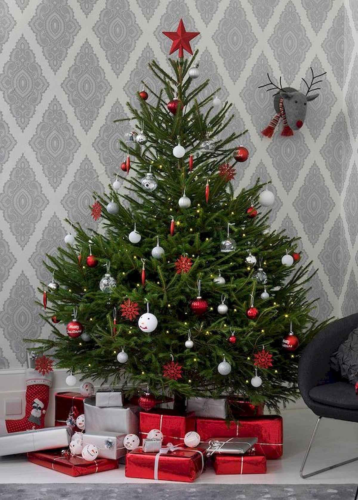 40 elegant christmas tree decorations ideas (27)