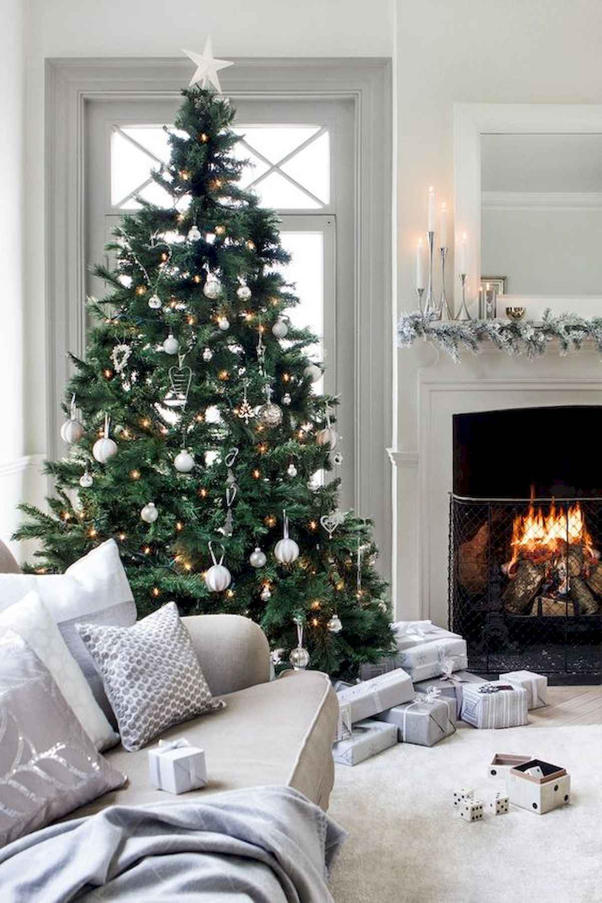 40 elegant christmas tree decorations ideas (30)
