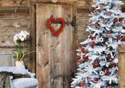 40 stunning rustic christmas decorations ideas (22)