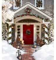 50 stunning front porch christmas lights decorations ideas (42)