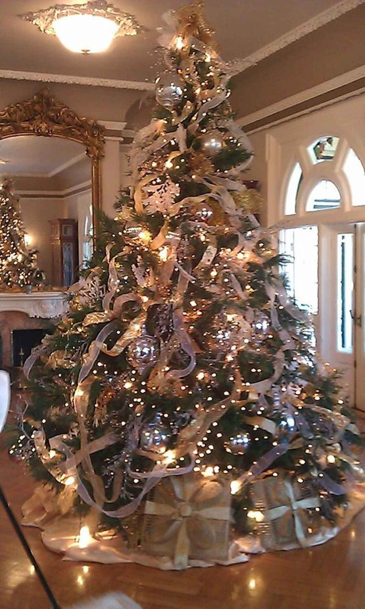 60 awesome christmas tree decorations ideas (16)