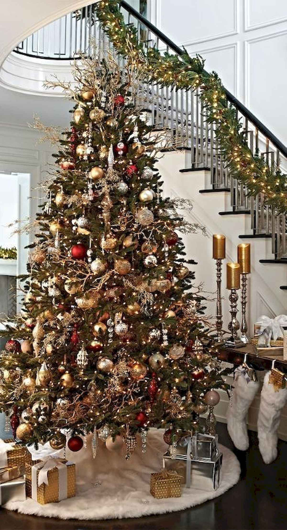 60 awesome christmas tree decorations ideas (25)