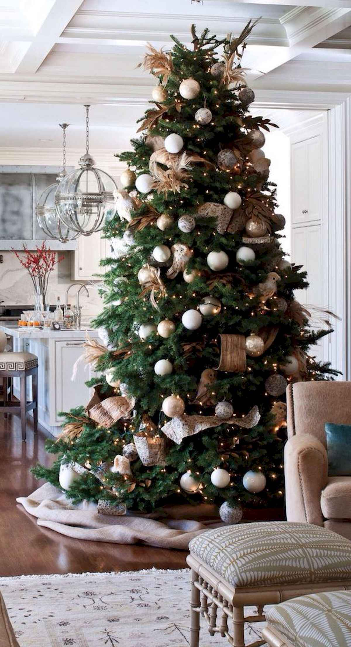 60 awesome christmas tree decorations ideas (29)