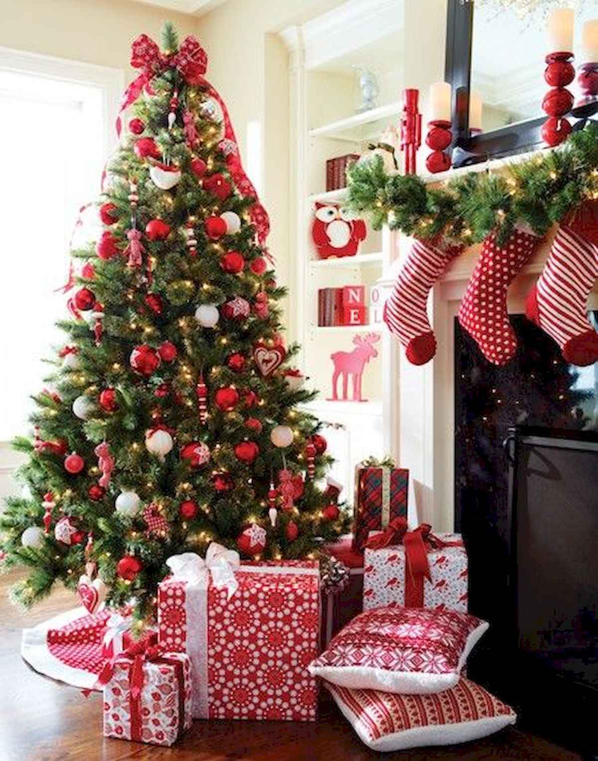 60 awesome christmas tree decorations ideas (5)