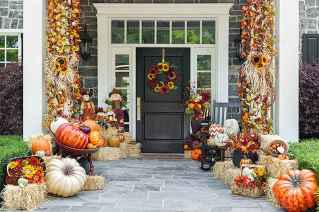 75 awesome helloween home decor ideas (18)