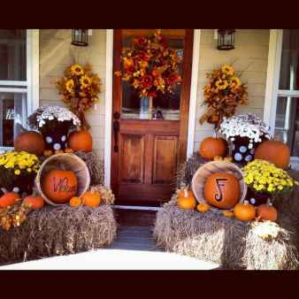 75 awesome helloween home decor ideas (20)