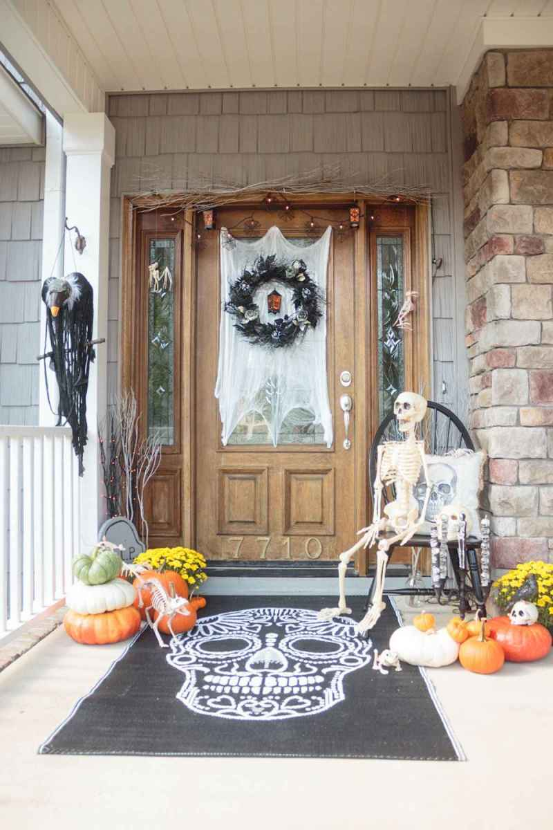 75 awesome helloween home decor ideas (31)
