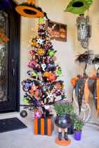 75 awesome helloween home decor ideas (4)
