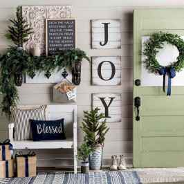 40 cheap and easy christmas decorations for your apartment ideas (43)