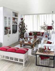 40 cheap and easy christmas decorations for your apartment ideas (57)