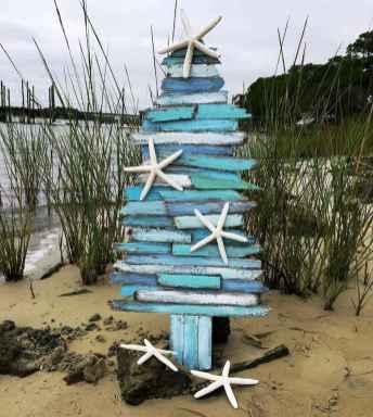 40 coastal christmas decor ideas and remodel (16)