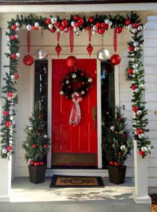 50 christmas front porch decor ideas and remodel (12)