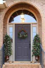 50 christmas front porch decor ideas and remodel (15)