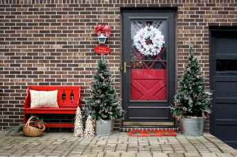 50 christmas front porch decor ideas and remodel (37)