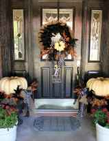 50 stunning christmas front porch decor ideas and design (19)