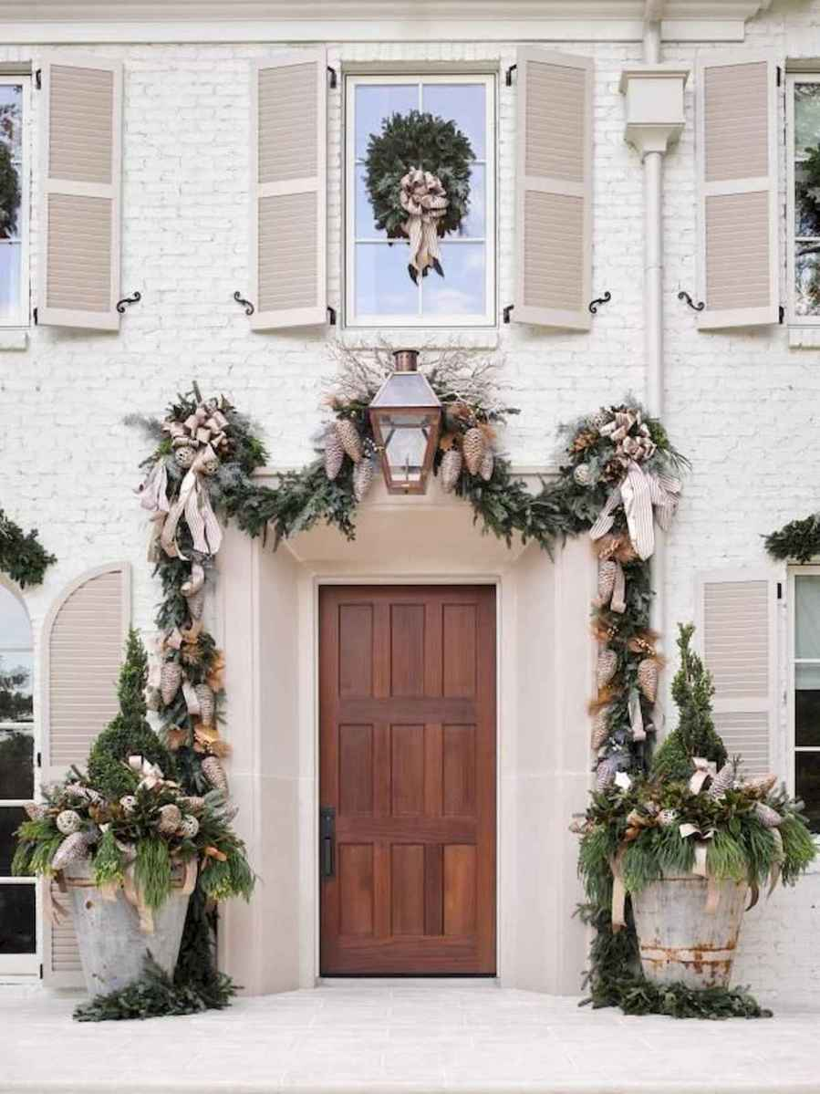 50 stunning christmas front porch decor ideas and design (36)