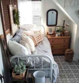 40 creative small apartment bedroom decor ideas (22)
