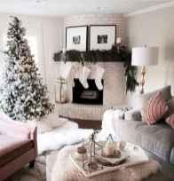 50 elegant christmas mantle decor ideas (16)