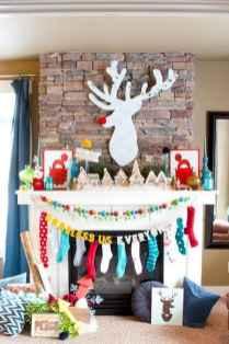 50 elegant christmas mantle decor ideas (34)