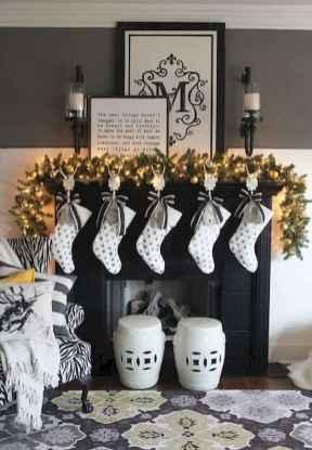 50 elegant christmas mantle decor ideas (37)
