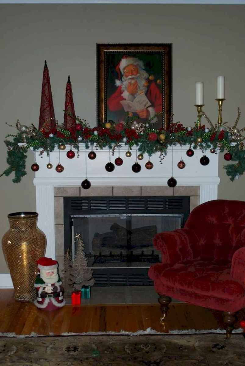 50 elegant christmas mantle decor ideas (4)